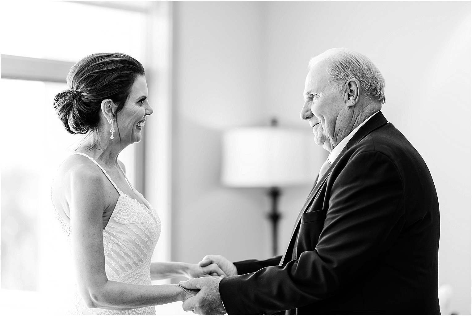 Water2Wine-Wedding-Kennewick-WA-Greg-and-Melina_0025.jpg