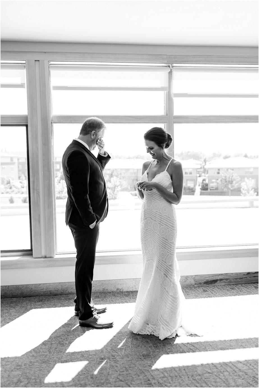 Water2Wine-Wedding-Kennewick-WA-Greg-and-Melina_0028-923x1382.jpg