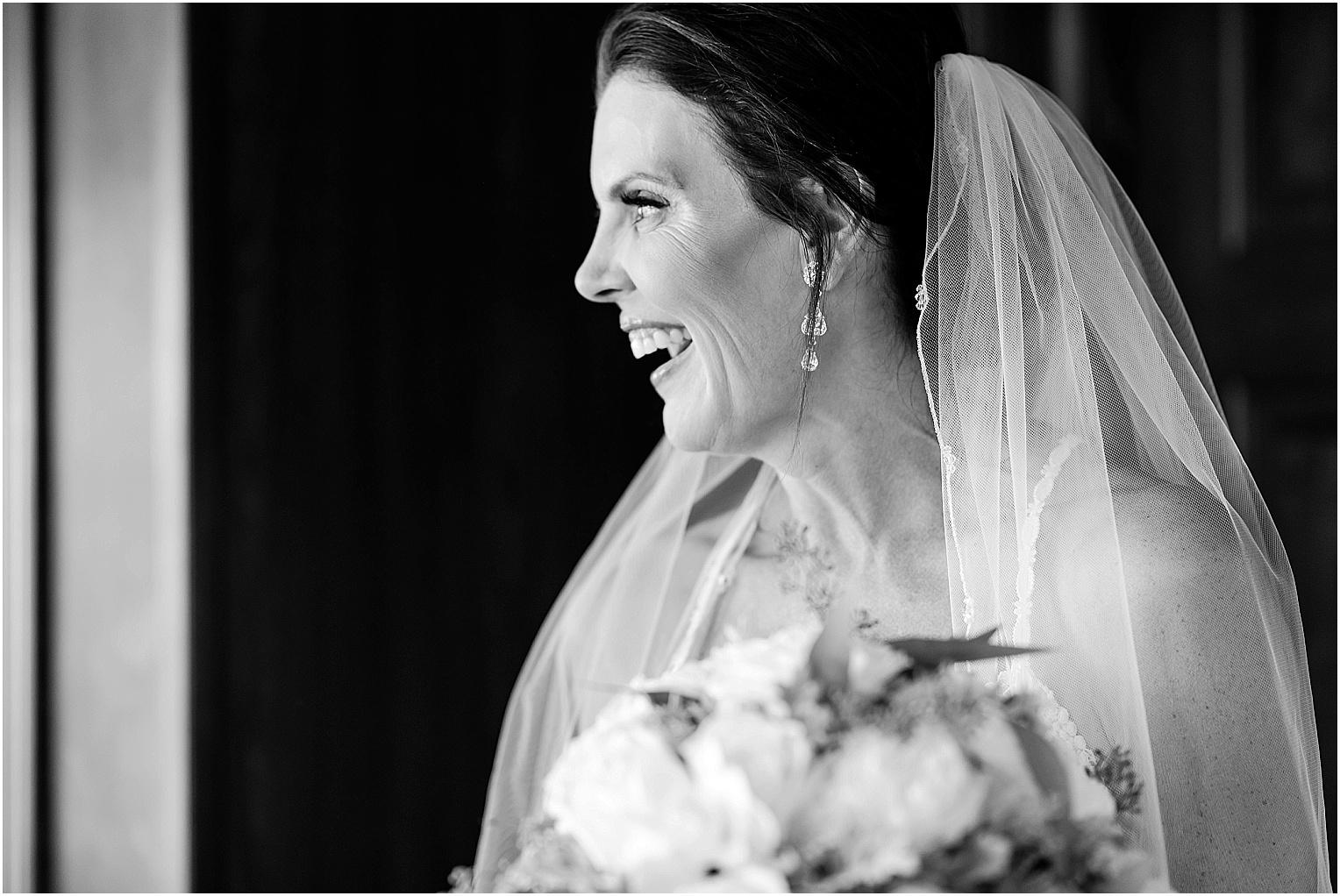 Water2Wine-Wedding-Kennewick-WA-Greg-and-Melina_0073.jpg