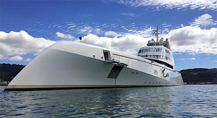 superyachtA-2.JPG