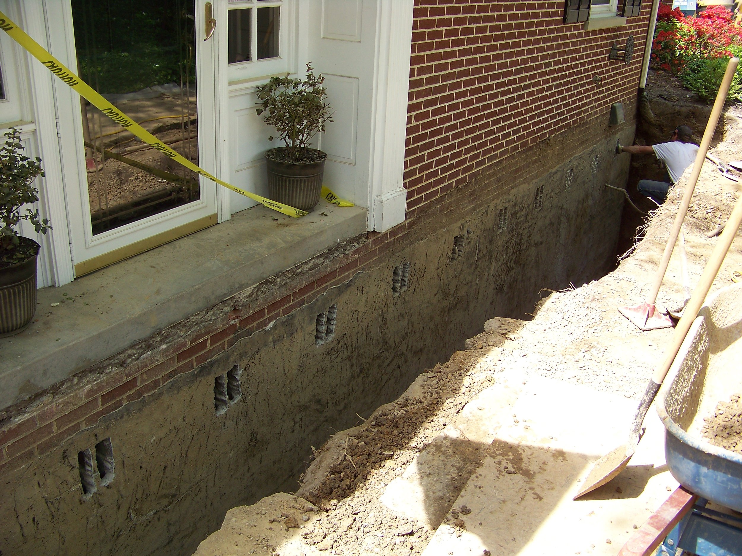 Retrofit block basement walls