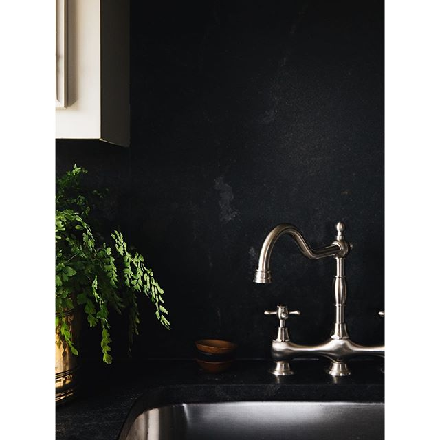 Black honed granite may be my new obsession. 🖤 New work for @katiemgaston. So thankful to have met this talented lady, who also happens to be a 4w5...whaaat.  July is about to get WILD over here. 🎉 What's in store for you all this July? . . . . . #currenthomeview #howwedwell #everydayIBT #mypinterest #decorcrushing #bestofhome #rshome #abmathome #ggathome #pursuepretty #myhyggehome #ourtruehaven #myhomevibe  #mymodernlook #inspireushomedecor #simplehomestyle #aabhome #ckstyleaccordingly #mySMPhome #kismetcheckoutmyhouse #darlinghome #myminimalhome #flashesofdelight #ispyraddesign #habitatandhome #kinfolk #documentyourdays #liveauthentic