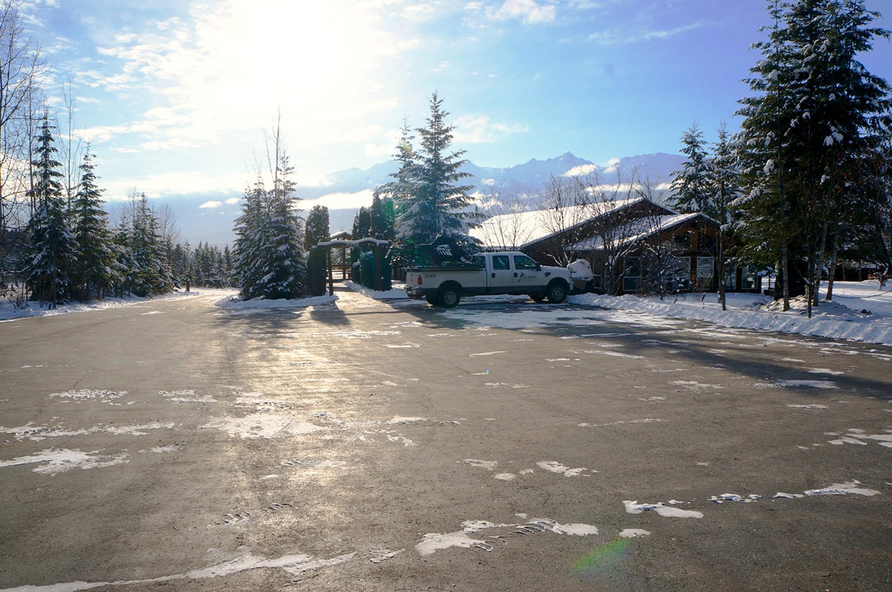 Lots of Parking   Whether you're coming with a sled trailer in the winter, an RV in the summer, or a small car anytime - we have lots of space for you and your vehicle.