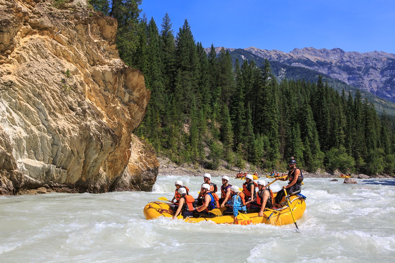 A sunny day on the Kicking Horse River