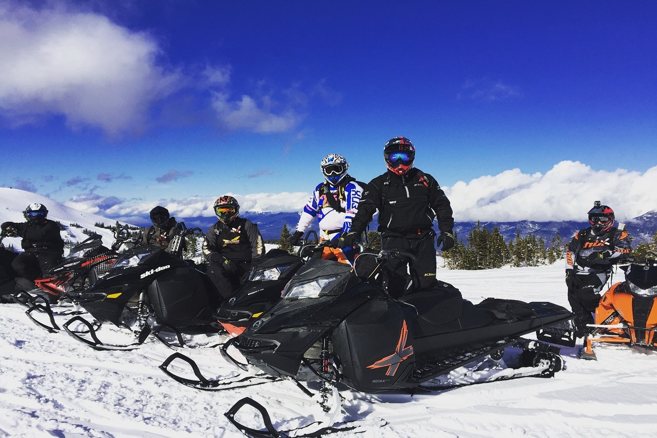 snowmobile-tour-golden-bc.jpg