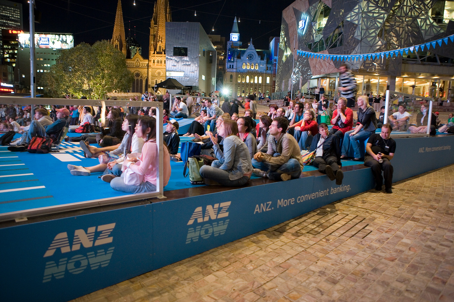 Lumino-Fina-World-Swimming-Live-Site-FedSquare-216.jpg