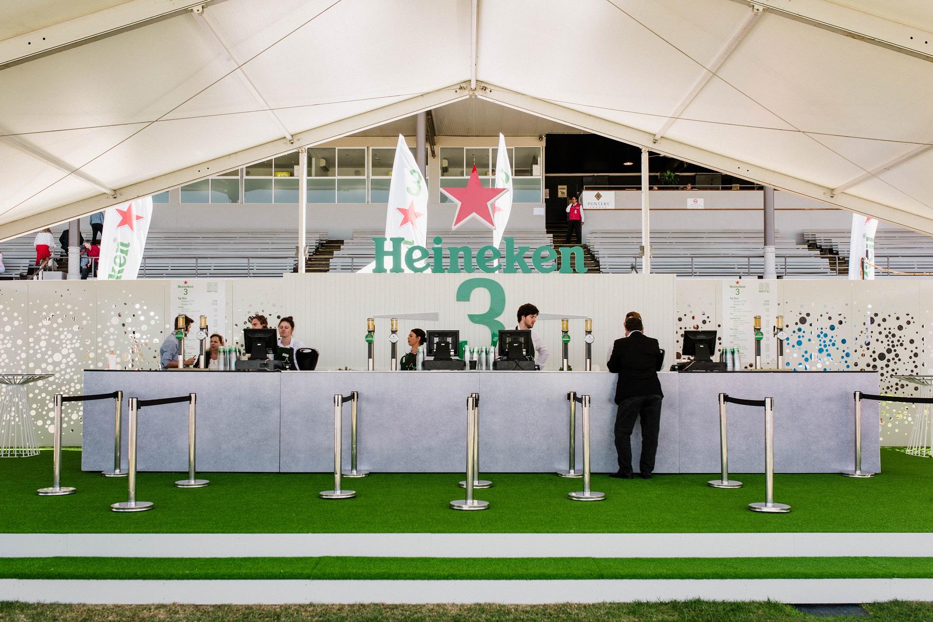 Lumino-Lion-Heineken-Adelaide Cup-Morphetville-001.jpg