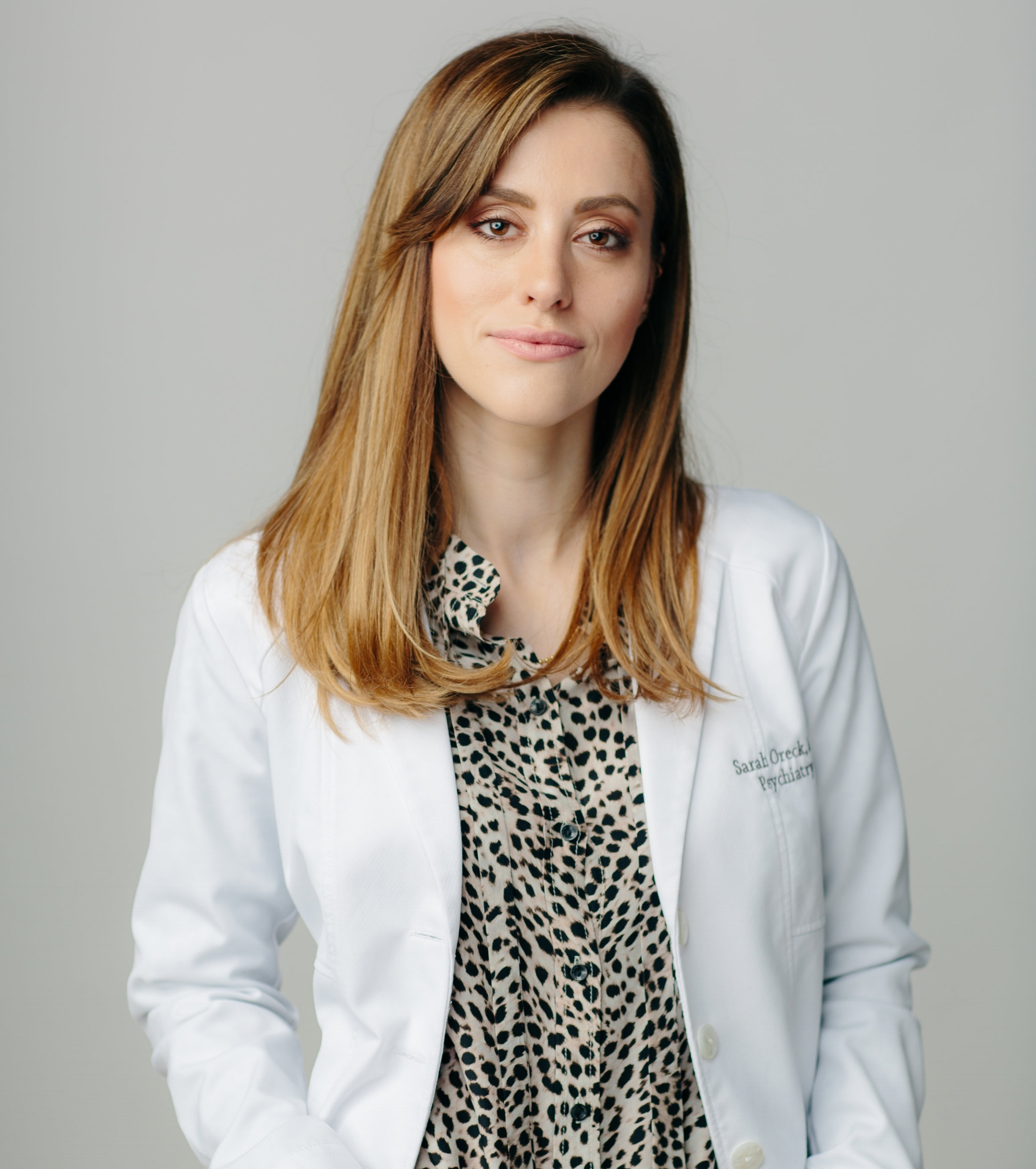 - Sarah Oreck, MD, MS, is a Columbia University-trained psychiatrist focusing on women's mental wellness. In addition to her expertise in general and addiction psychiatry, she is one of the few doctors with specialized training in reproductive psychiatry. Dr. Oreck combines the most up-to-date medical treatments with talk therapy and a whole-body complementary approach.