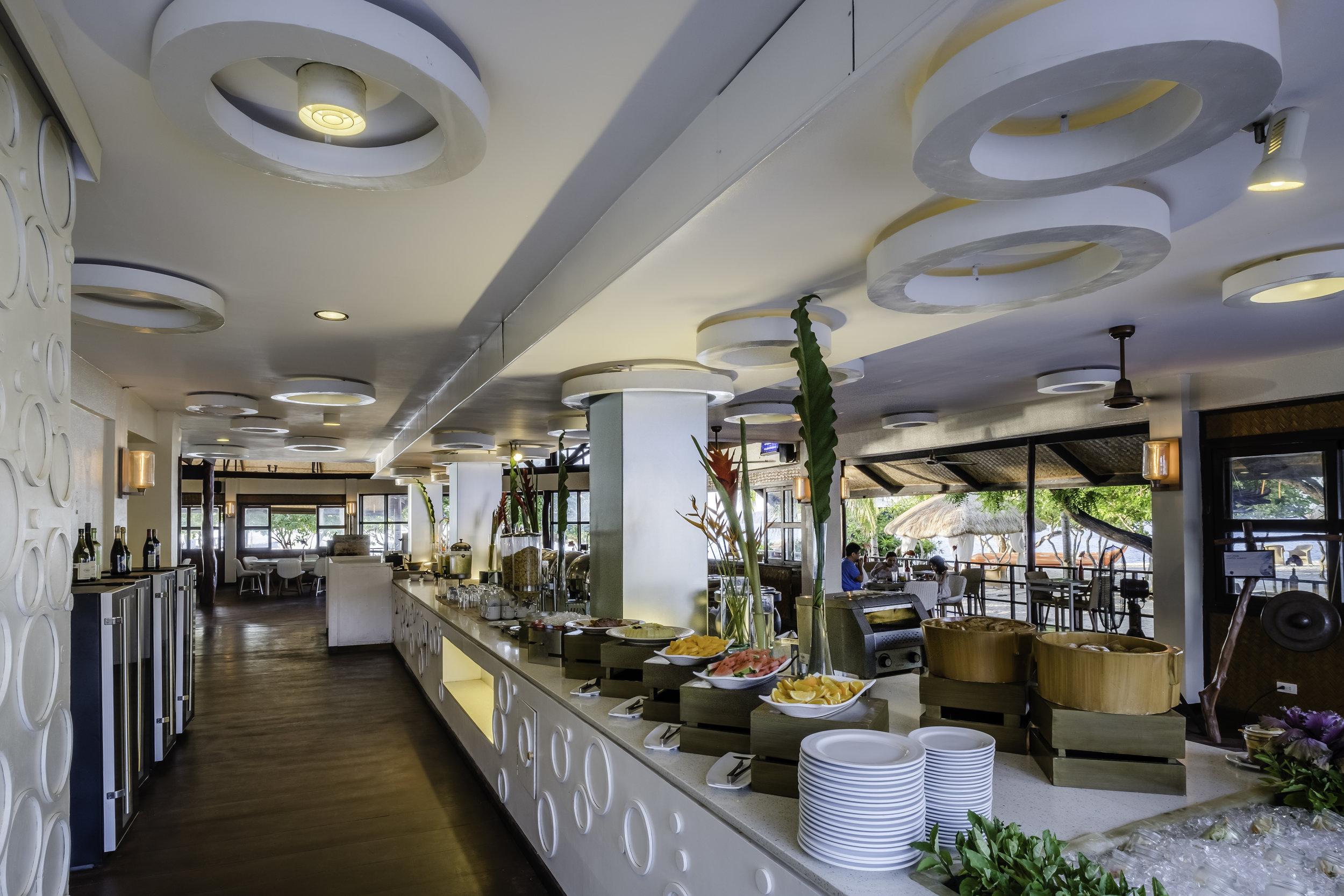 club paradise buffet.jpg