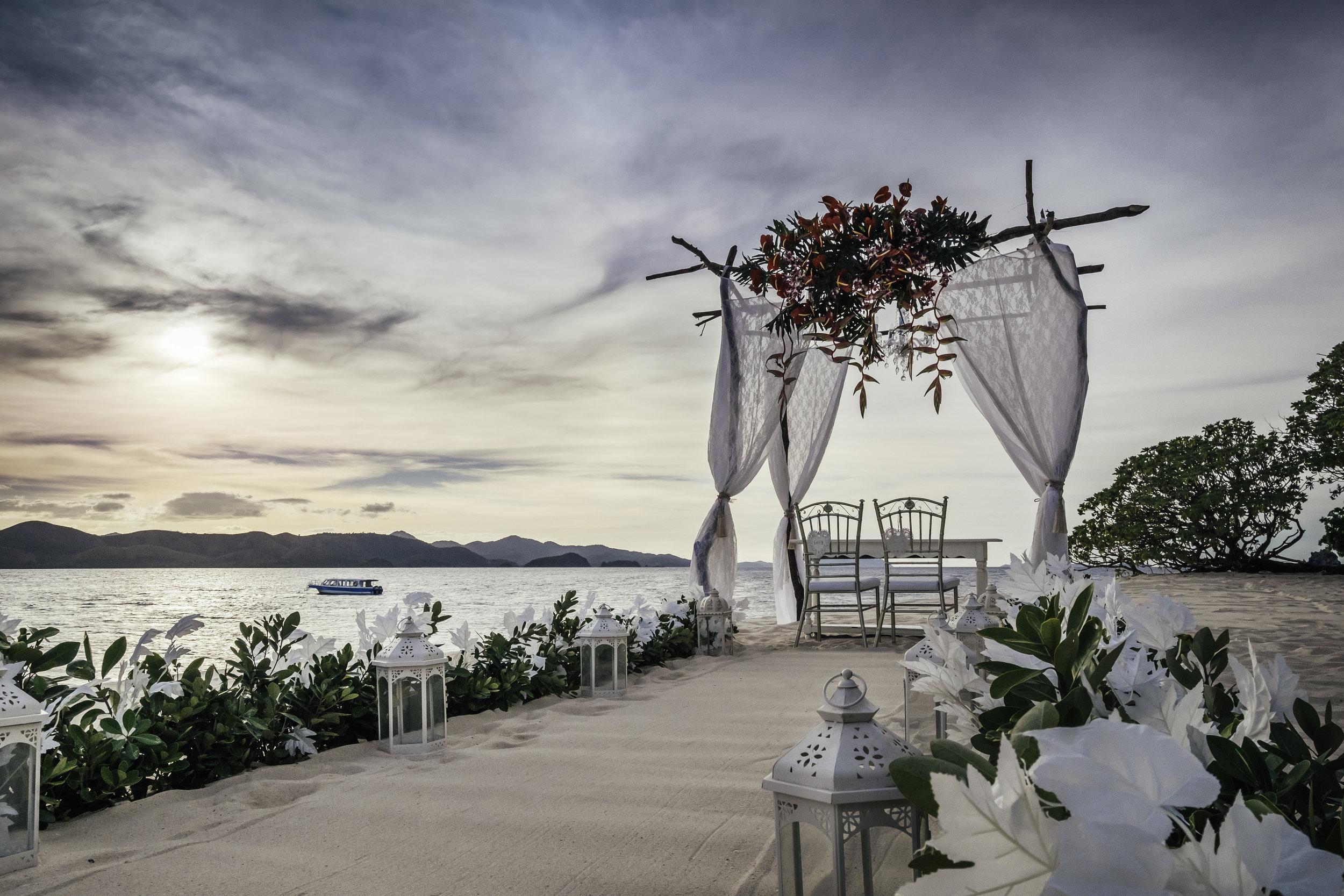 club paradise wedding setup.jpg