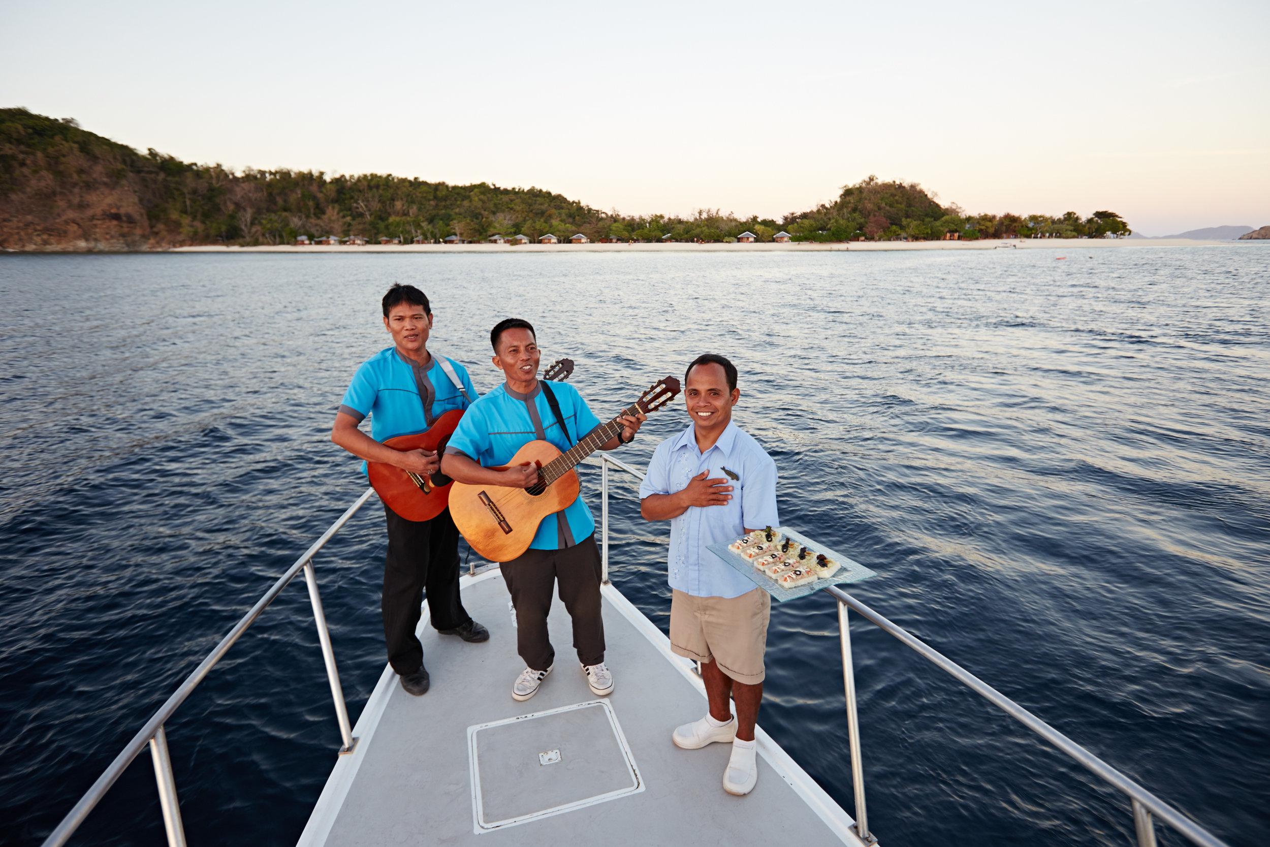 club-paradise-boat.jpg