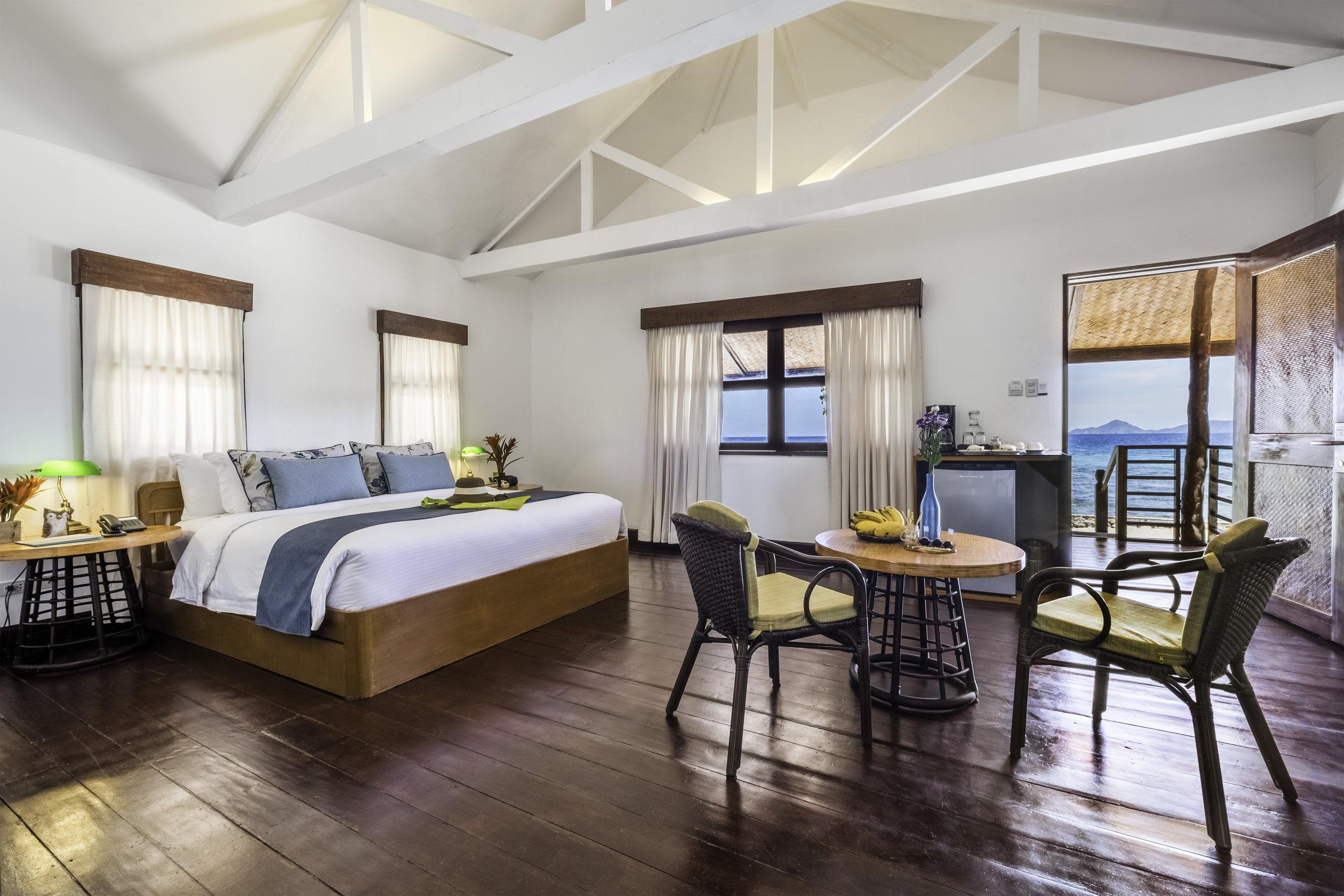 club paradise accommodation.jpg