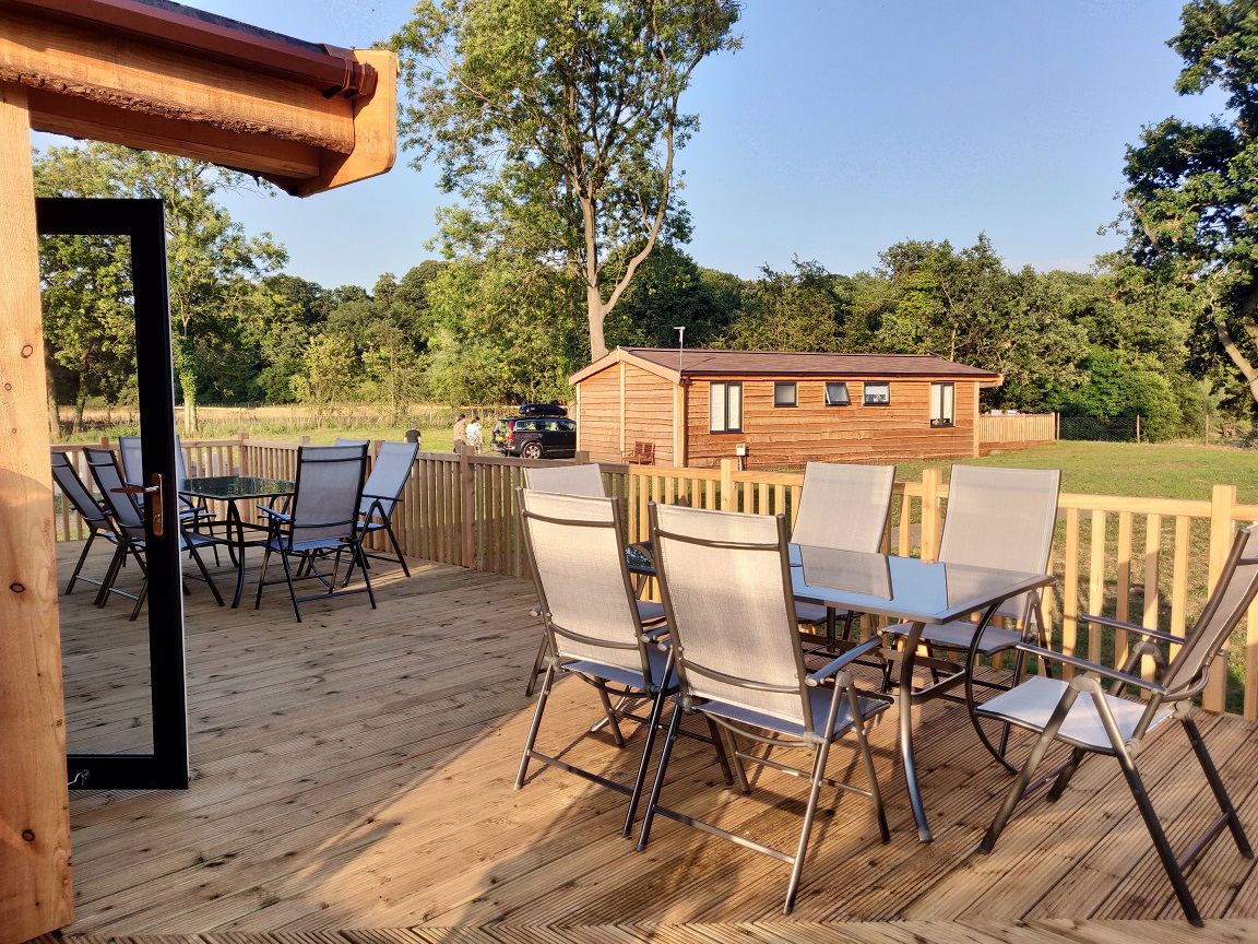 Curlew front terrace.jpg