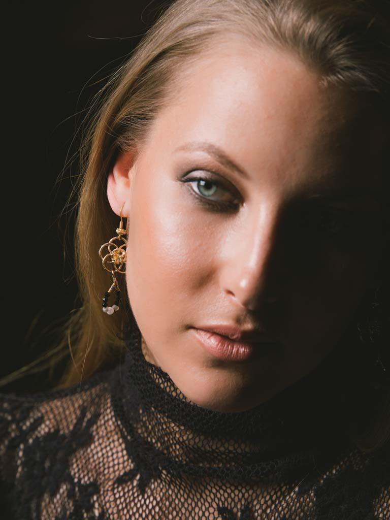 web_SEC_earrings_shop.jpg