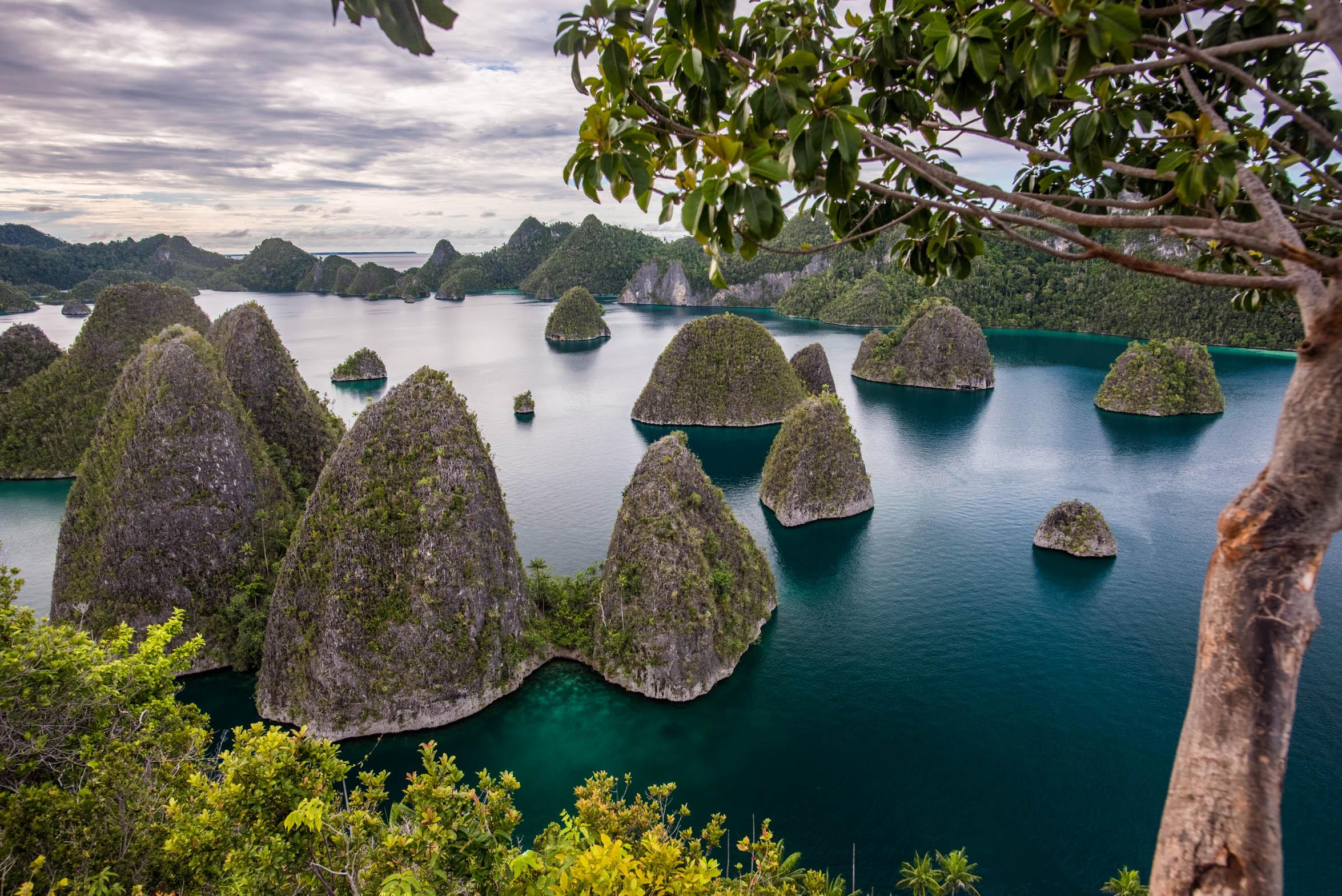 INDONESIA-.jpg