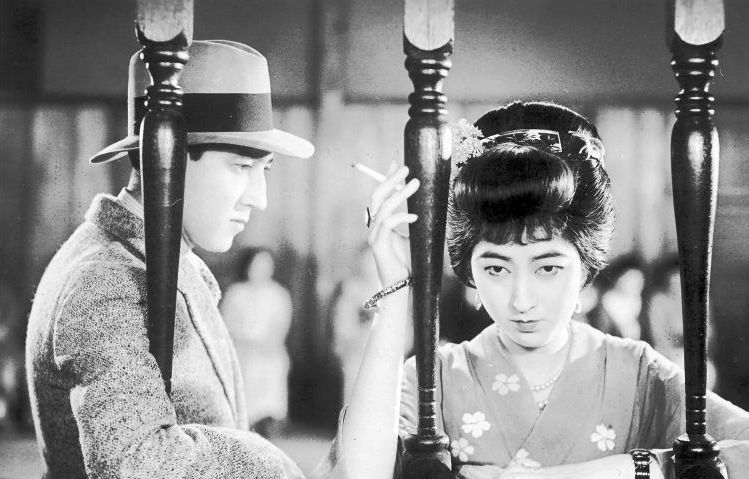 A scene from  Japanese Girls at the Harbour  (1933), crystallising the coexistence of old and new
