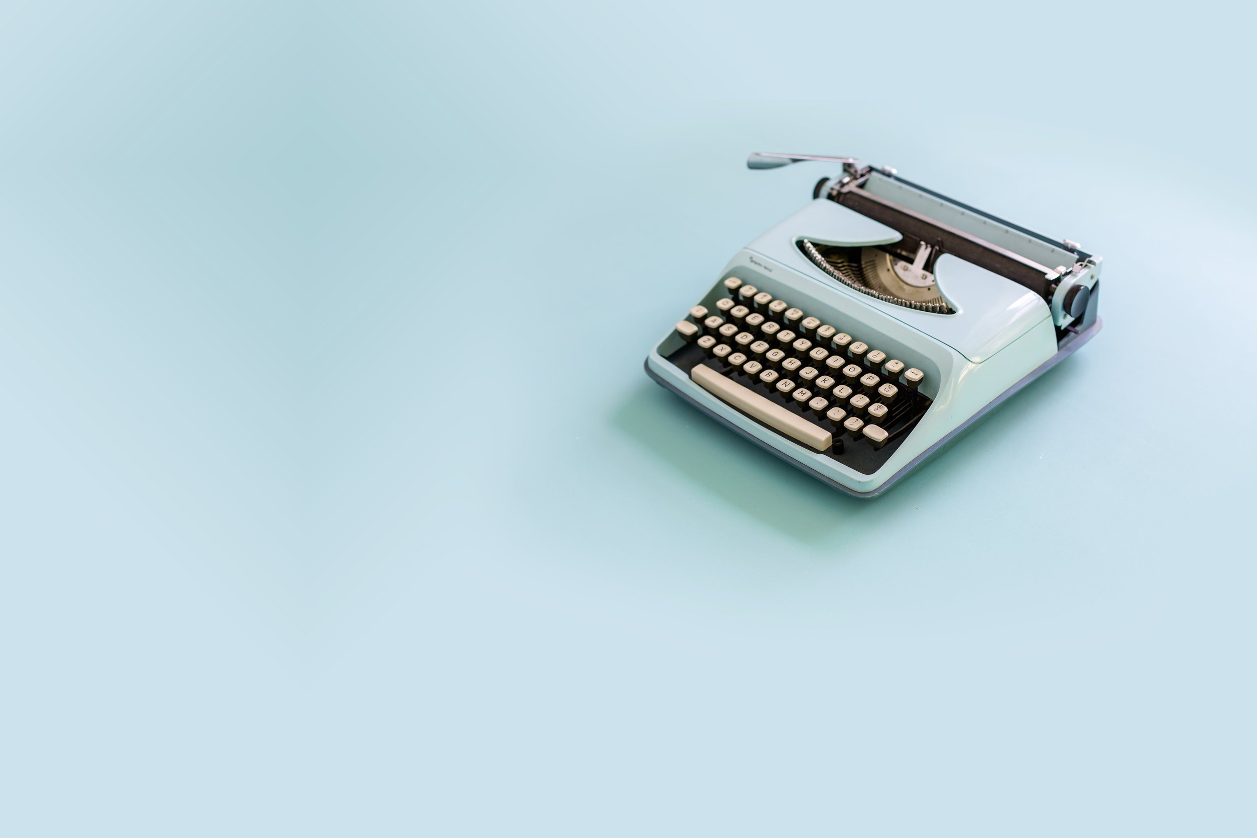 Copywriter and communications specialist - Helping you tell your story