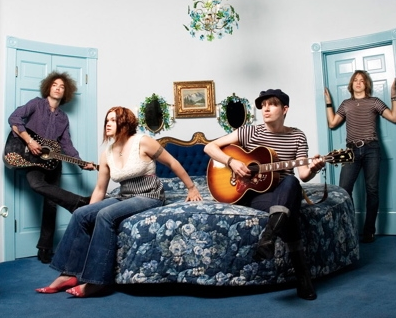 Interview with Pete from the Dandy Warhols on the release of the band's sixth studio album, ...Earth to the Dandy Warhols...