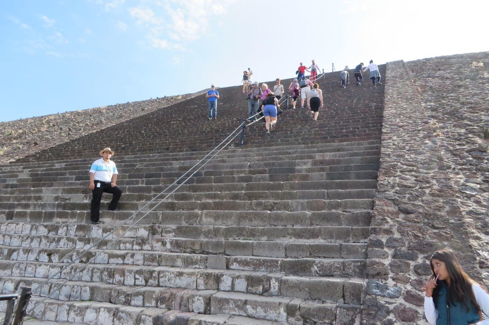 Teotihuacan Climb