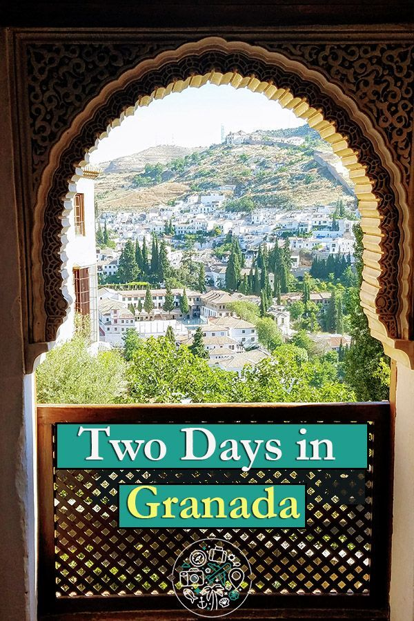 What to see and do in two days in Granada, Spain when you're traveling solo. Includes tips on visiting the Alhambra, tapas, flamenco, and more! #granada #spain #alhambra #tapas