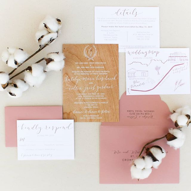 Y'all, this wedding suite was a DREAM 😍 When Katelyn first approached me about doing her wedding invitations, I knew we would come up with the most amazing suite, because she is such a sweet person and has amazing style! . It was very important to her that the invitations themselves were made of cherry wood paper. I had never even heard of such a thing, but after a little bit of research I was so excited to try something new! . I love the wedding map with the illustrations, and the Dusty rose envelopes. Everything came together so beautifully, and I had so much fun doing this suite! Congratulations to Katelyn and Colten on your beautiful wedding!😍♥️😘