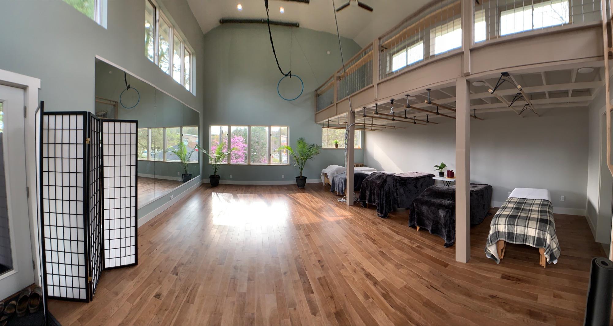 studio wide angle.JPG