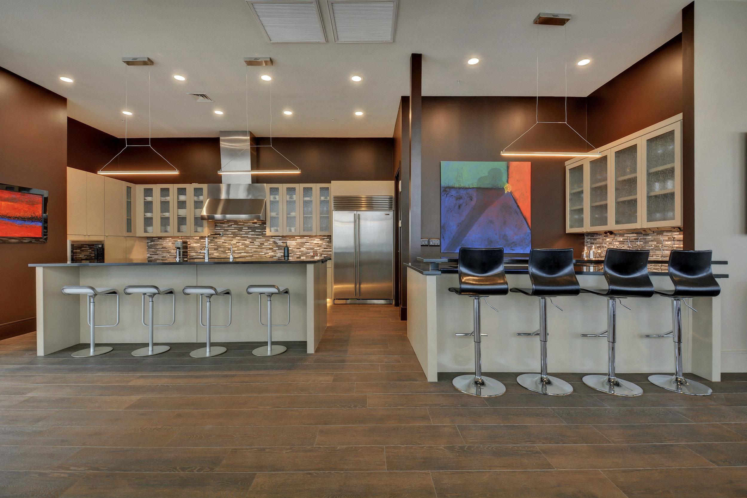 555 E 5th St 3027-print-013-Kitchen and Breakfast 853-4200x2803-300dpi.jpg
