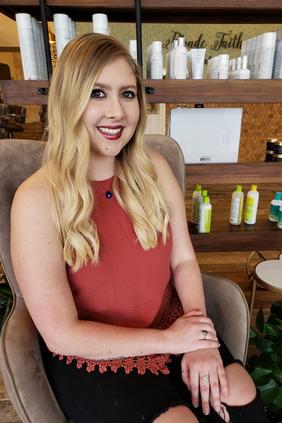 Amber Holubets - Silver - stylist