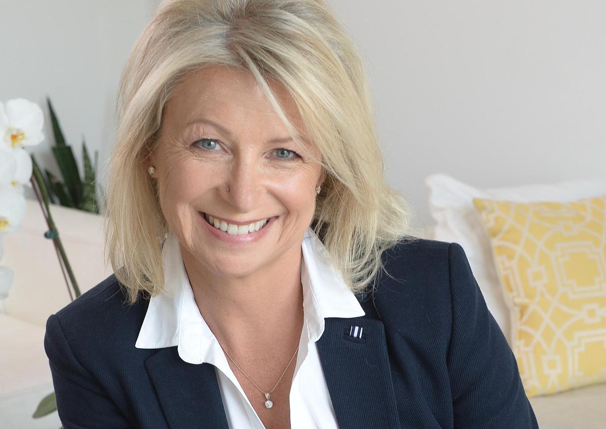 lisa-lonsdale-real-estate-agent-bosley-real-estate-toronto.png