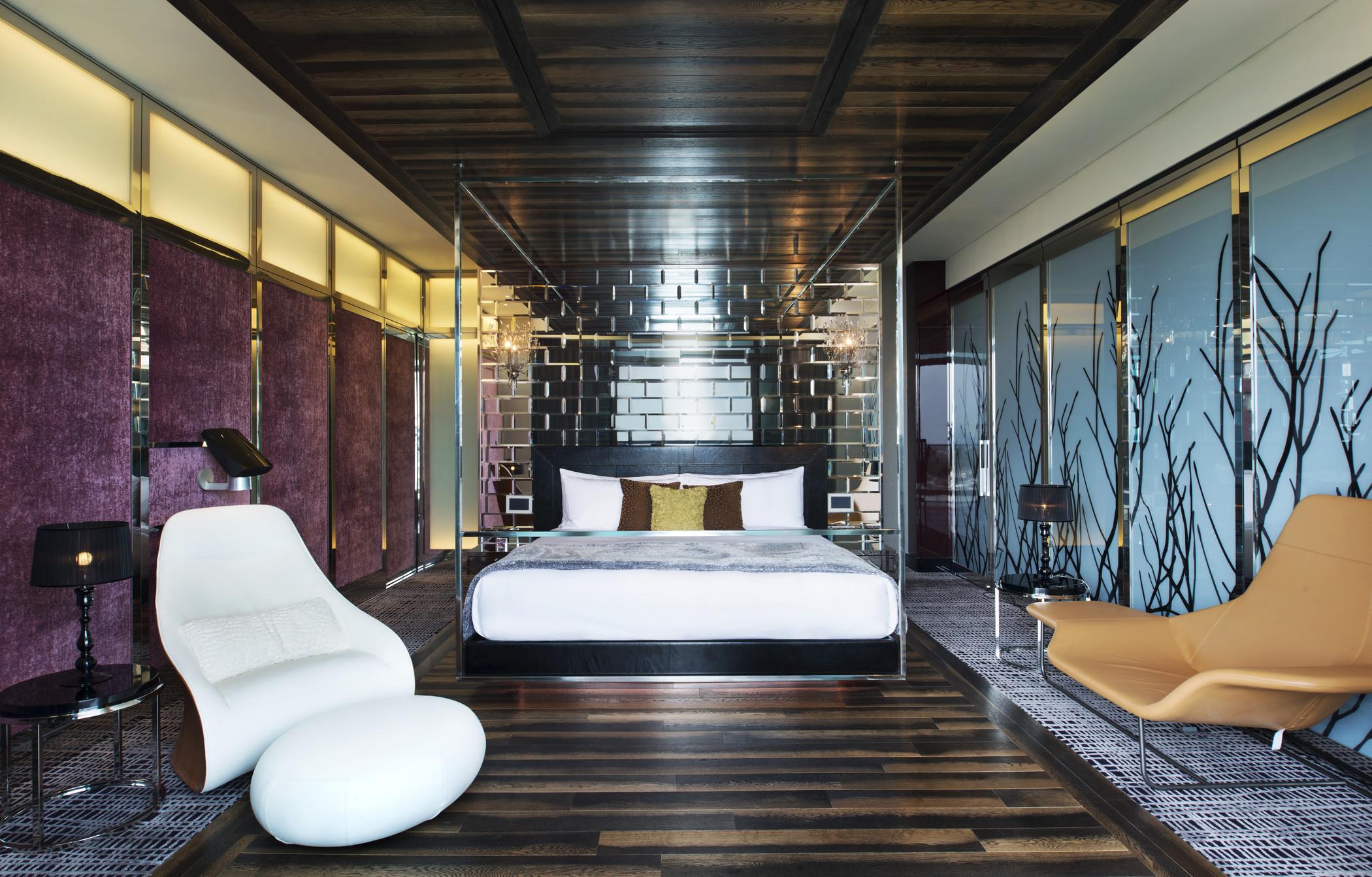 Extreme WOW Suite - Bedroom.jpg