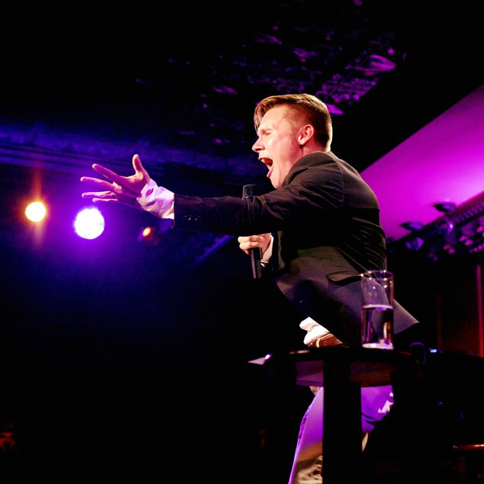 Seth Sikes performing at Feinstein's/54 Below
