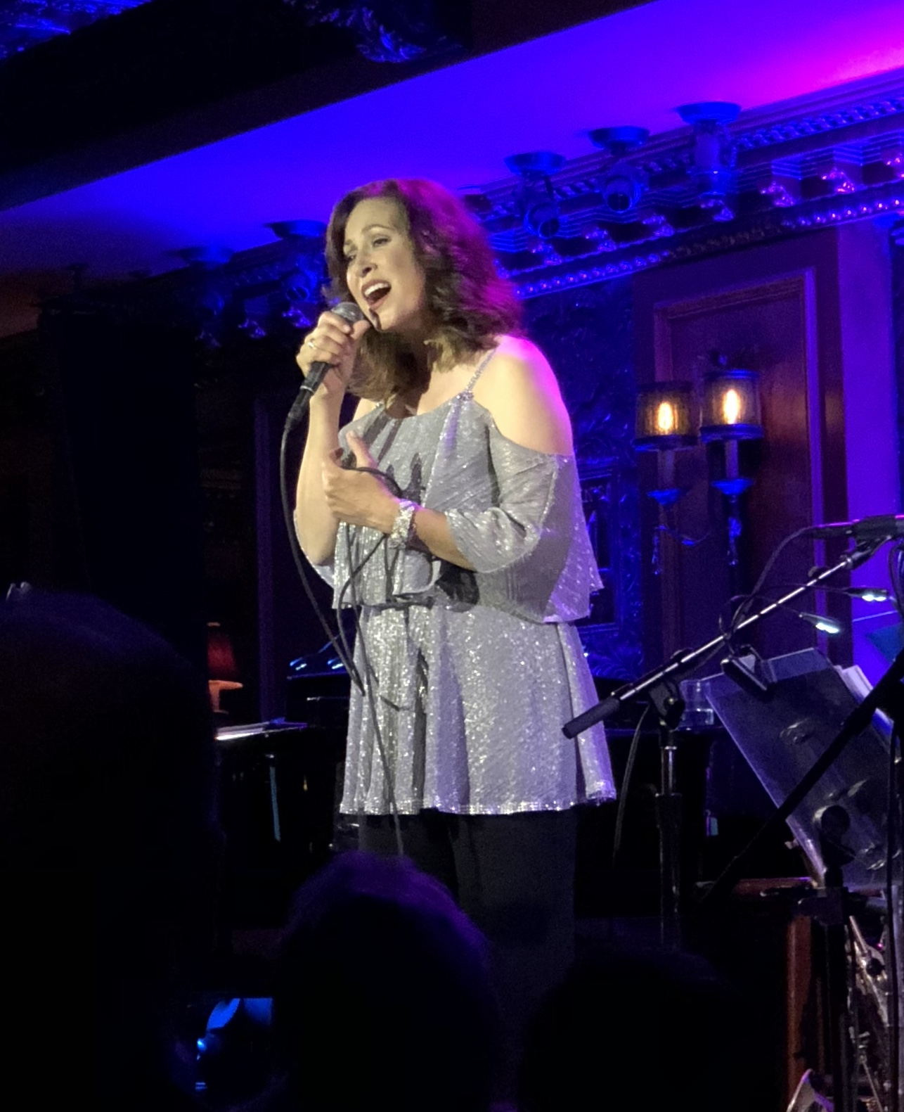 Linda Eder performing at Feinstein's/54 Below, Photo Credit: Adam Rothenberg