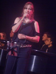Linda Eder in concert 2013, Photo Credit: Maryann Lopinto