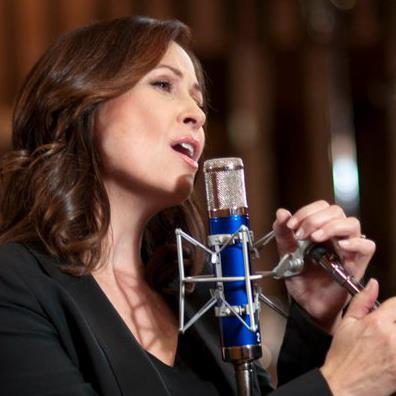Linda Eder in the recording studio