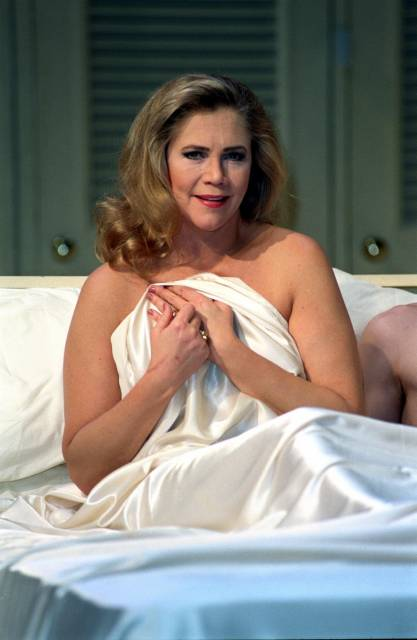 """Kathleen Turner as """"Mrs. Robinson"""" in """"The Graduate"""" on Broadway"""
