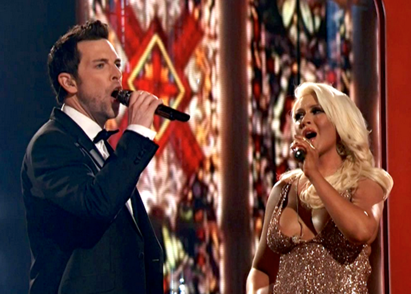 "Chris Mann and Christina Aguilera singing on ""The Voice"""