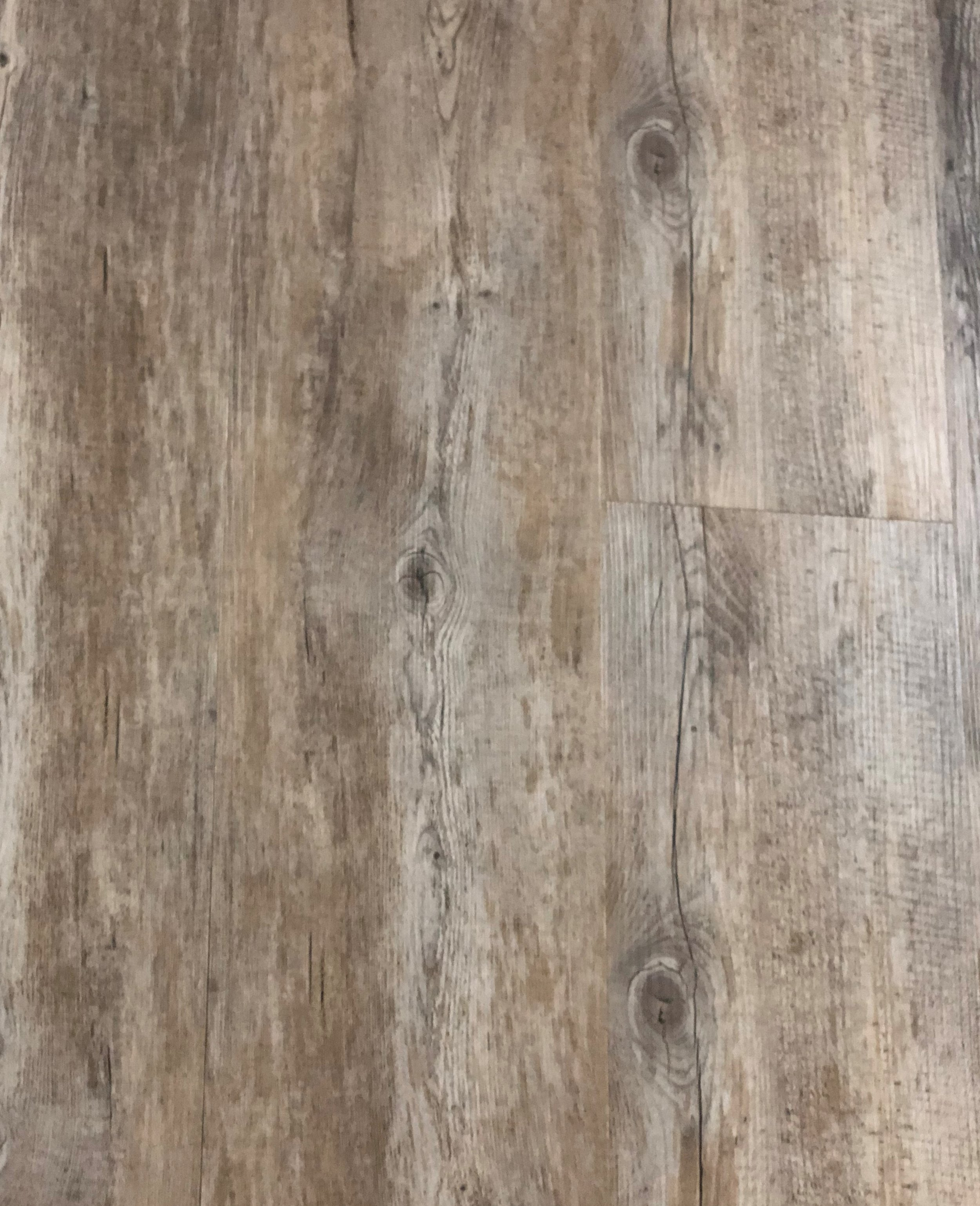 Long View Pine - 7.5 mm with pad luxury vinyl
