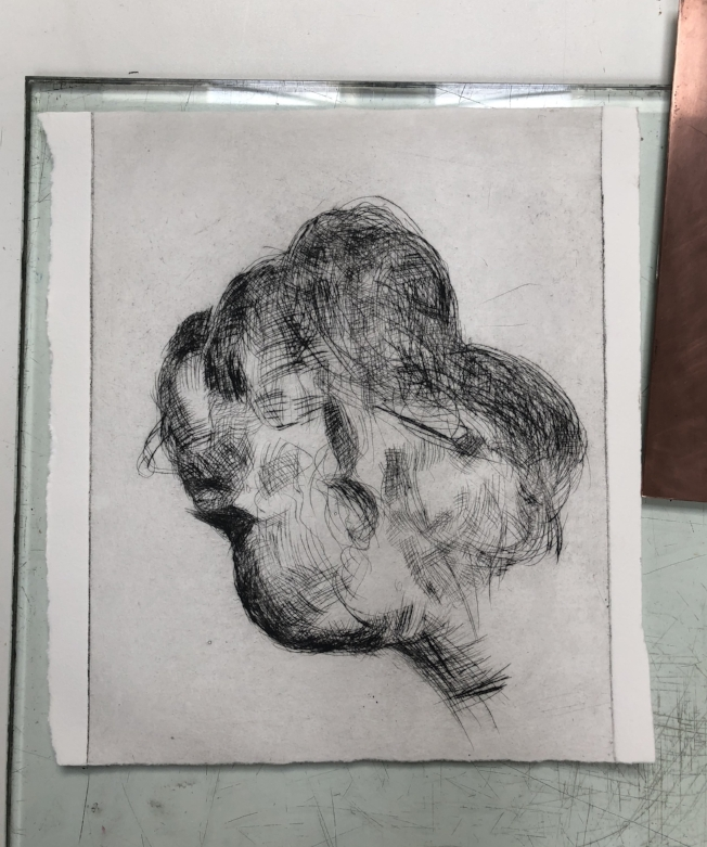 Drypoint on copper with Akua inks. This is my first try with Akua and I absolutely love it! The inks have an easy handle and are easy to clean. Also, happy with the drypoint line. Promising, isn't it?
