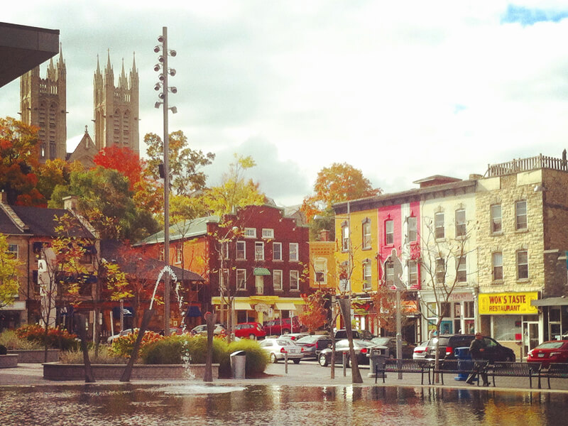 Guelph_town-square_800x600.jpg