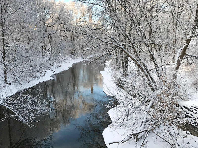 Guelph_winter-stream_800x600.jpg