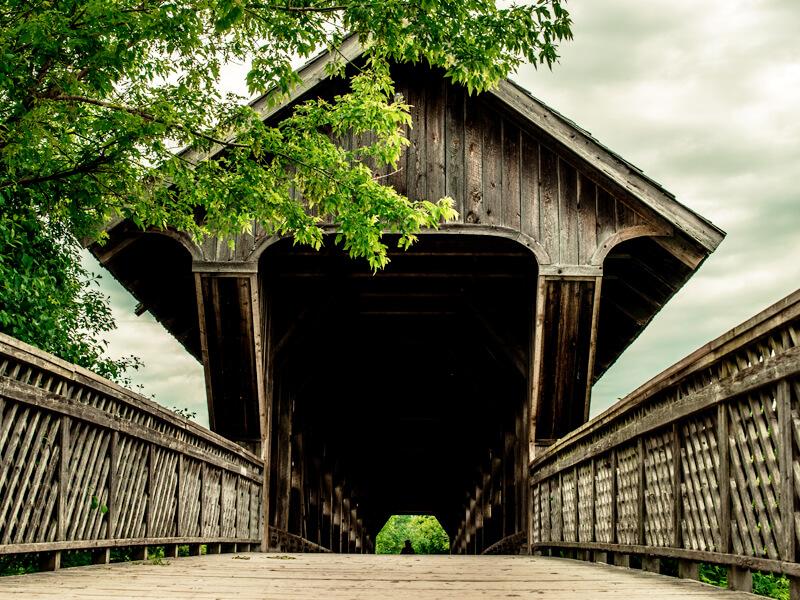 Guelph_covered-bridge_800x600.jpg