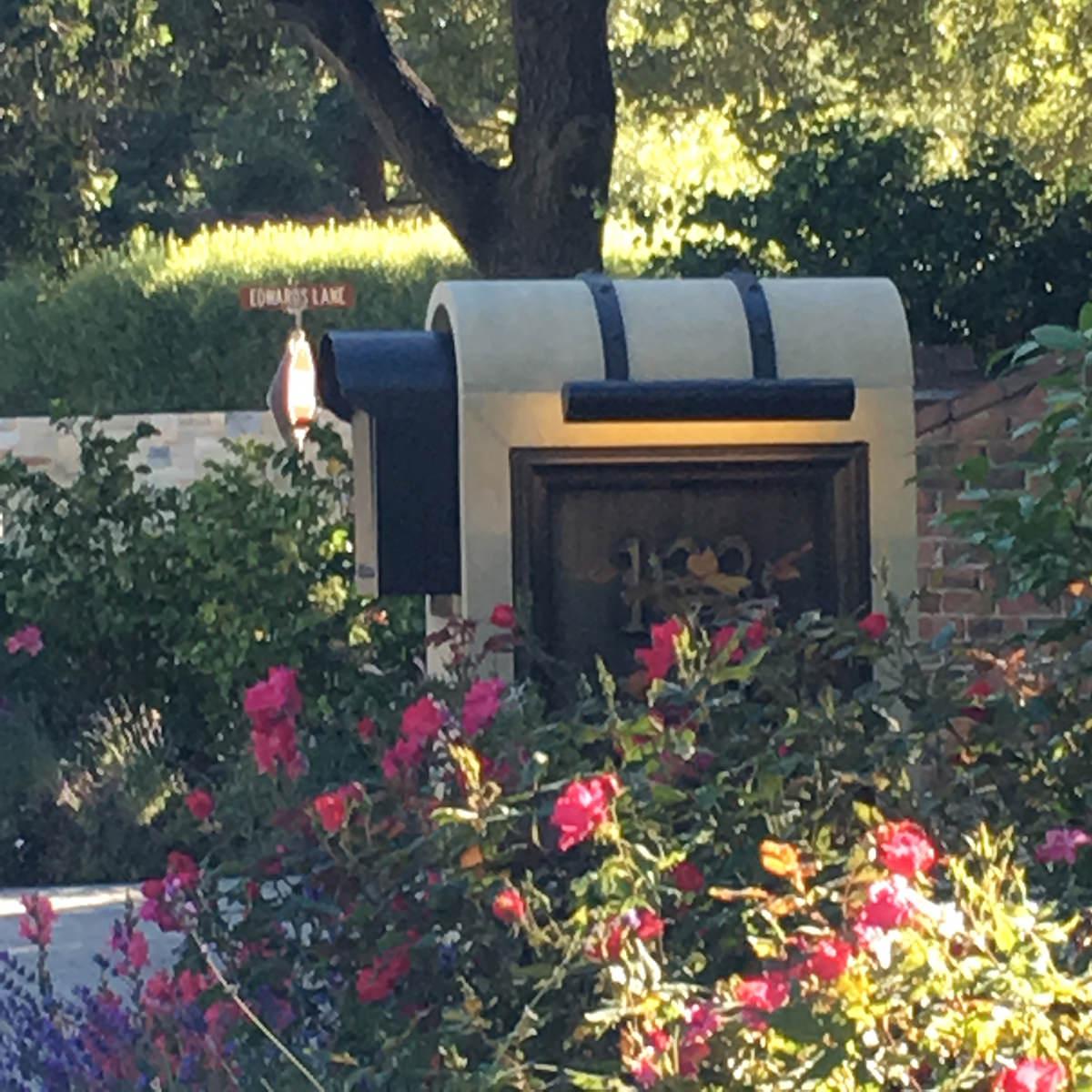 atherton-california-mailbox-remodel-interior-design-montgomery-home-2.jpg