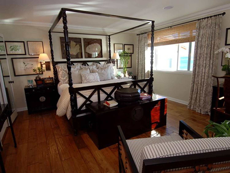 malibu-california-beach-cottage-interior-design-master-bedroom-montgomery-home.jpg