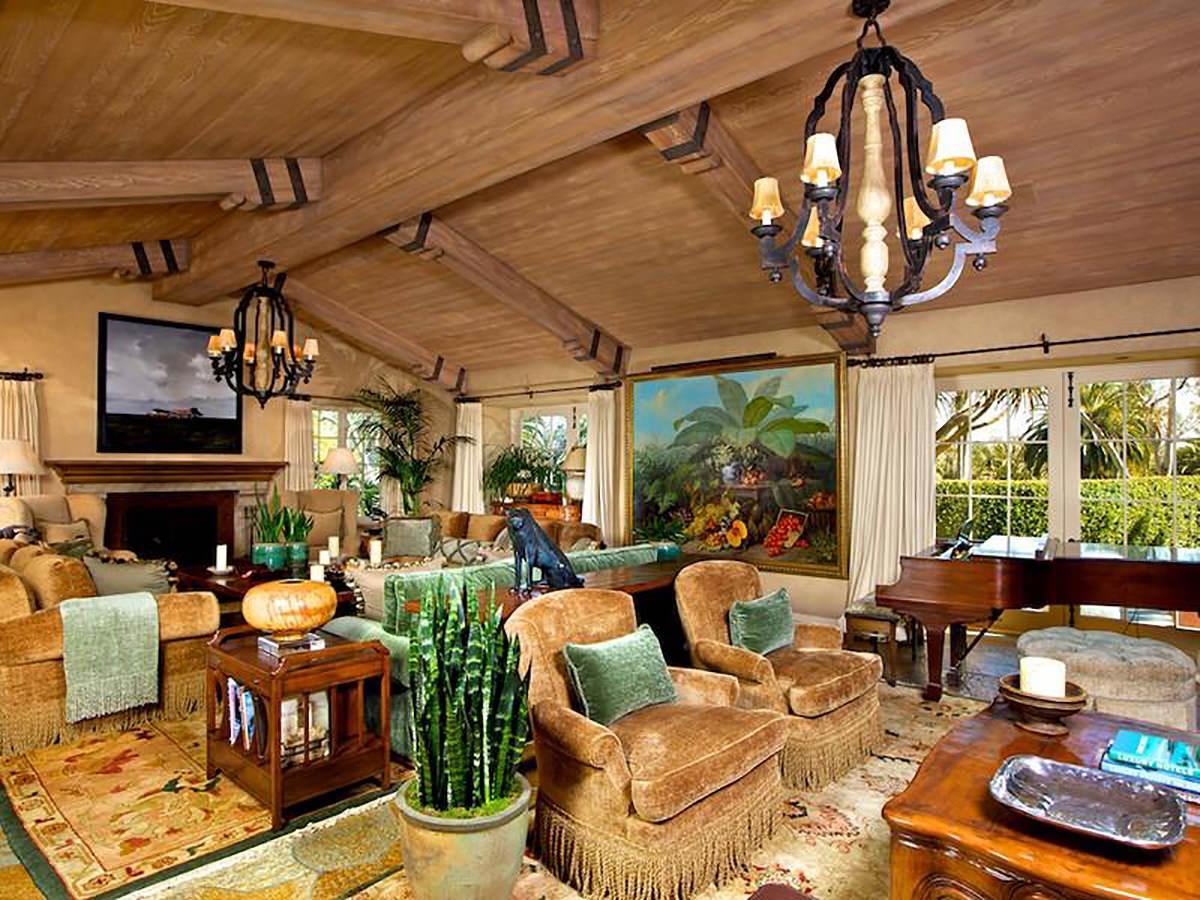 escondido-california-living-room-design-montgomery-home.jpg