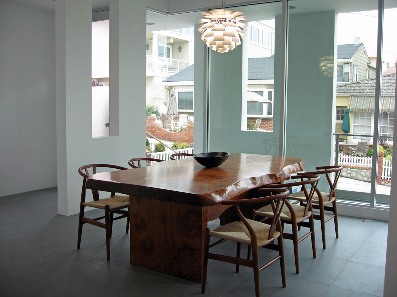 manhattan-beach-california-dining-room-interior-design-montgomery-home.jpg