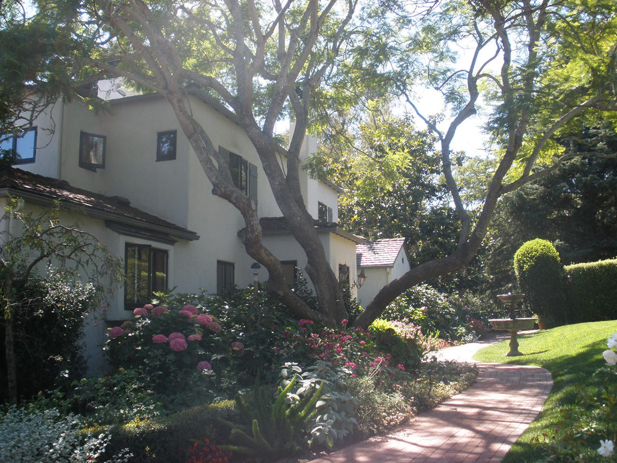 montecito-california-exterior-interior-design-montgomery-home.jpg