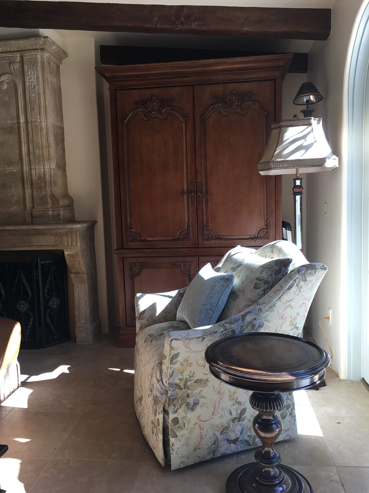 palo-alto-california-french-chateau-family-room-interior-design-montgomery-home-6.jpg