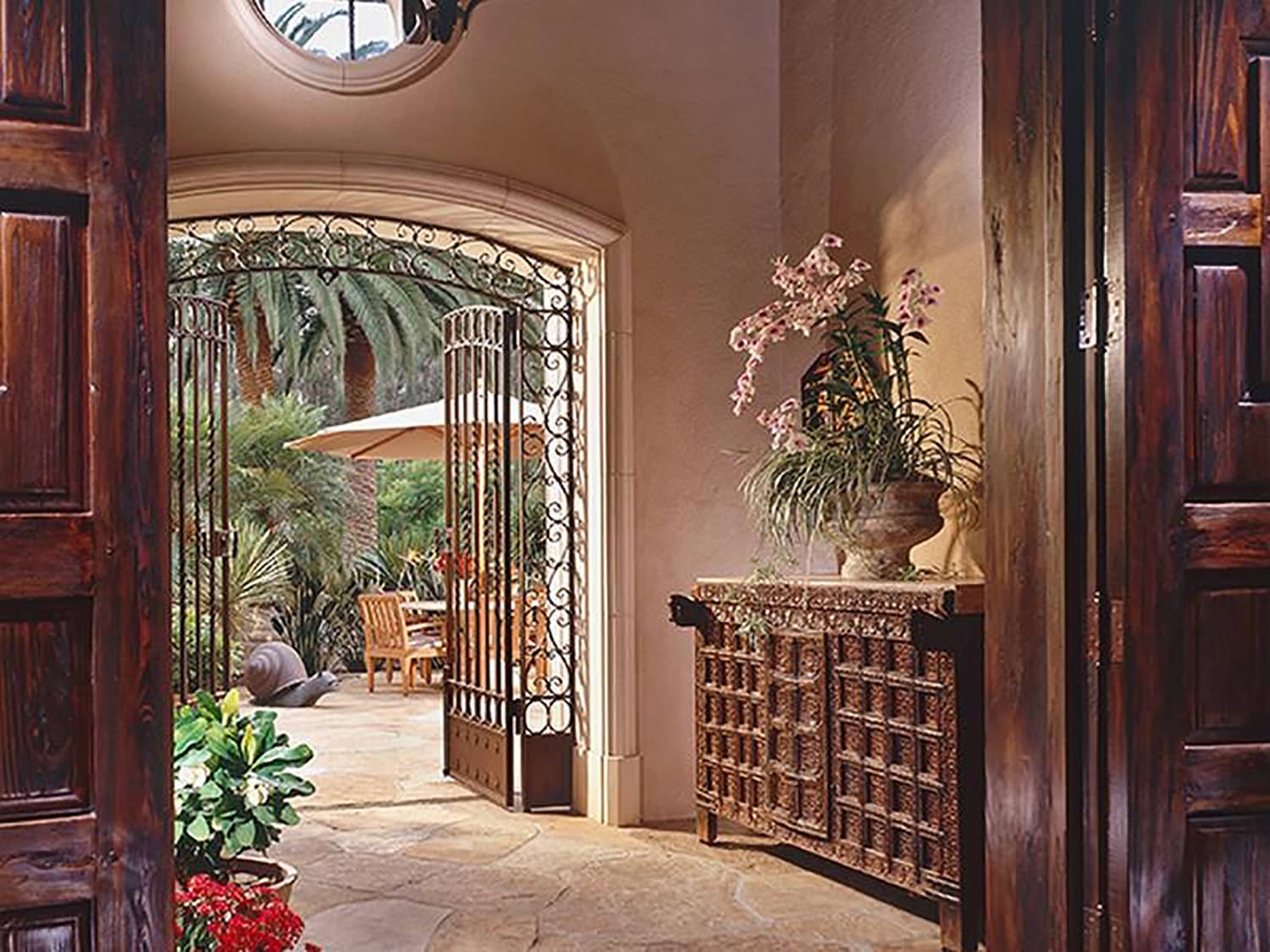 san-diego-california-foyer-into-the-courtyard-remodel-interior-design-montgomery-home.jpg