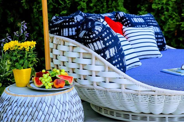 Happy 4th of July! #DEDON  #ROMO #KINGSLEYBATE  #DCDesigncenter #outdoorliving #alfrescodining #happylife. #poolside. #montgomeryhomedesign.com