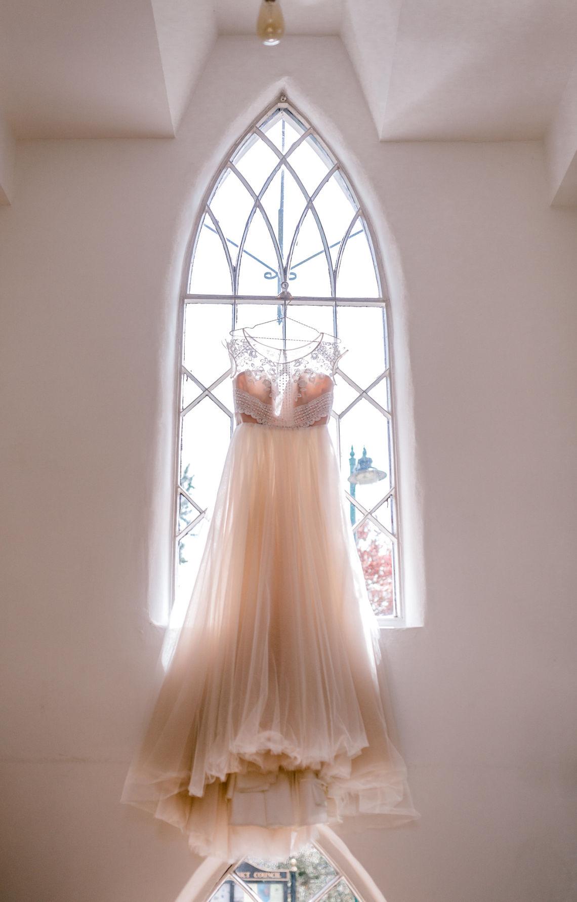 Bridal-gown-wedding-dress-MilaMira-Essex-wedding-planner